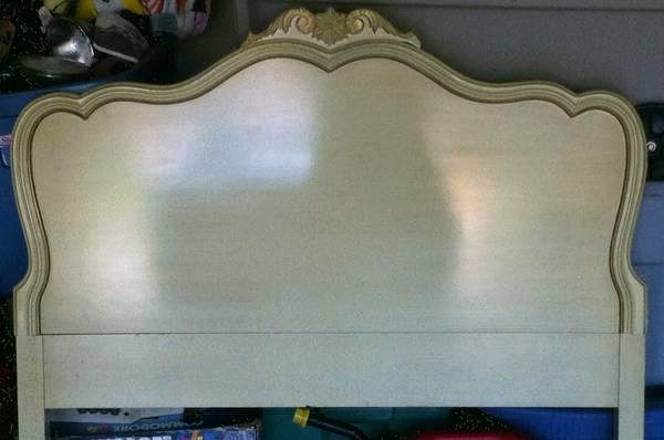 Twin Headboard     $25     View on Craigslist