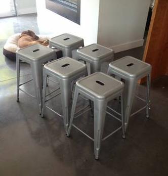 6 Metal Stools     $150     View on Craigslist