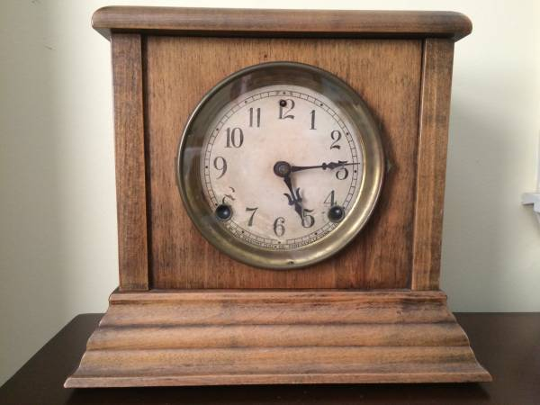 Antique Mantle Clock     $50     View on Craigslist