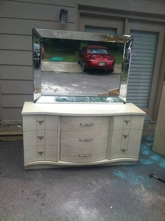 Retro Bedroom Set     $175   This set comes with a chest, dresser with mirror and headboard. I don't love the headboard but I think the other pieces would look great painted and the mirror is really pretty too.     View on Craigslist