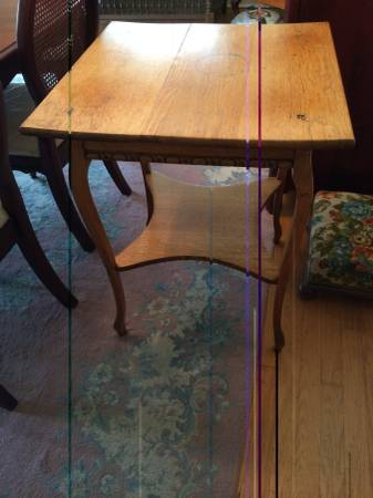 Antique Oak Table      $80     View on Craigslist