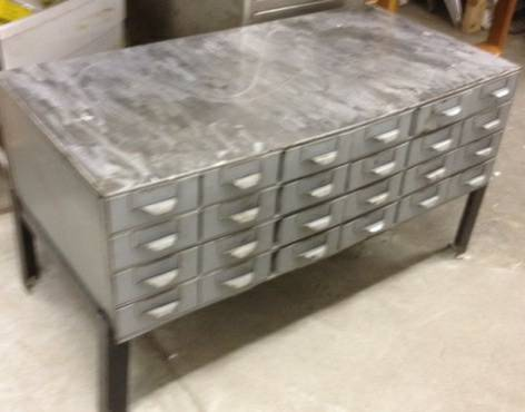 Industrial Coffee Table     $120     View on Craigslist