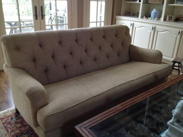 Custom Tufted Sofa     $1400     View on Craigslist