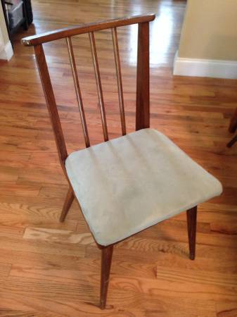 Mid Century Dining Chairs     $100   This set includes 6 dining chairs. The seats would be easy to recover.     View on Craigslist