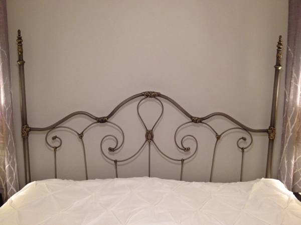 King Headboard     $45     View on Craigslist