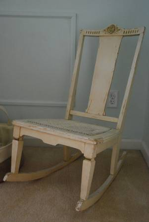 Shabby Chic Rocking Chair     $50     View on Craigslist