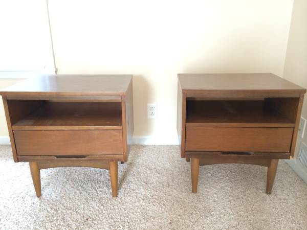 Pair of Mid Century End Tables     $40     View on Craigslist