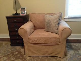 Pottery Barn Armchair     $200     View on Craigslist