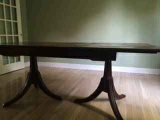 Pedestal Dining Table     $60   This table is a good deal and would look great painted.    View on Craigslist