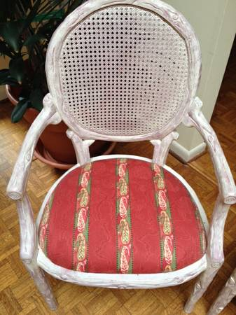 Set of Dining Chairs     $160   This set includes 2 arm chairs and 6 side chairs. I'm assuming the price is for all the chairs, if so it is a really good deal.    View on Craigslist