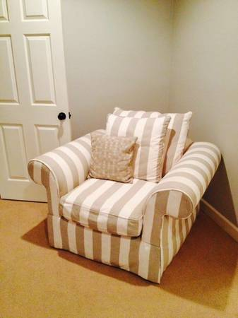 Striped Linen Club Chair     $200     View on Craigslist