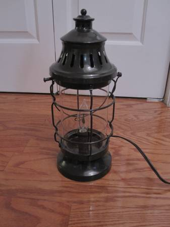 Lantern Lamp $20 View on Craigslist