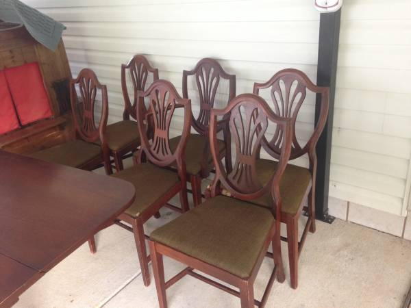 Antique Dining Set     $300    This set would be really pretty painted.     See on Pinterest      View on Craigslist