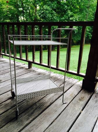 Vintage Metal Cart     $50     View on Craigslist