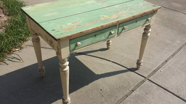 Antique Table     $250     View on Craigslist