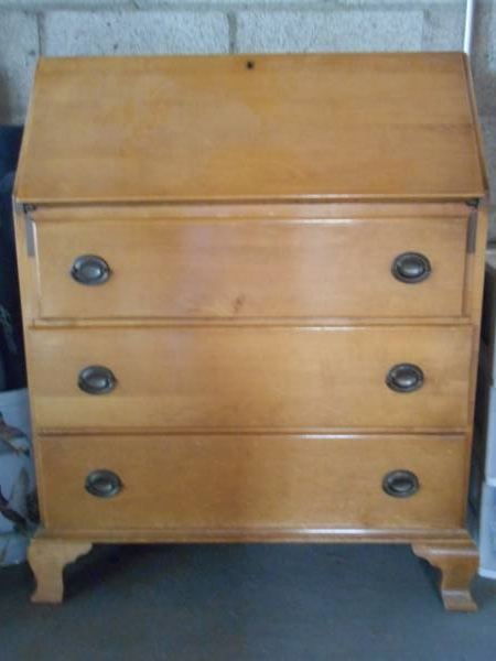 Secretary Desk/Dresser     $50     View on Craigslist