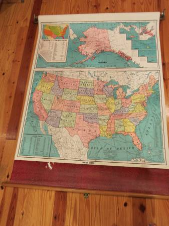 Vintage Pull-Down US Map $40 View on Craigslist