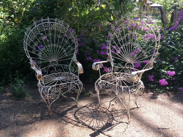 Pair of Vintage Iron Chairs     $250   I love these chairs - they just need a coat of paint.    View on Craigslist