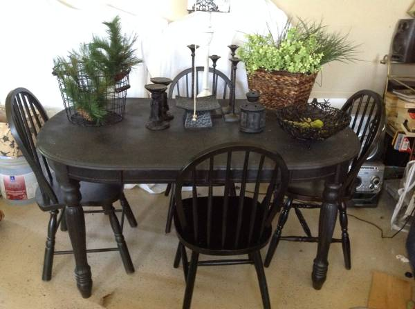 Table and Chairs     $95     View on Craigslist