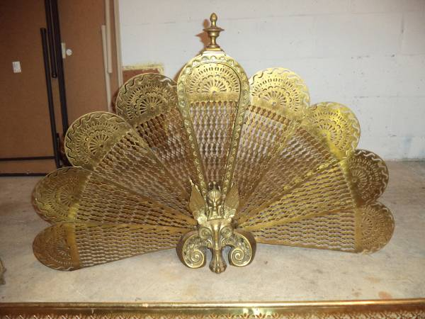 Antique Brass Fireplace Screen     $25     View on Craigslist