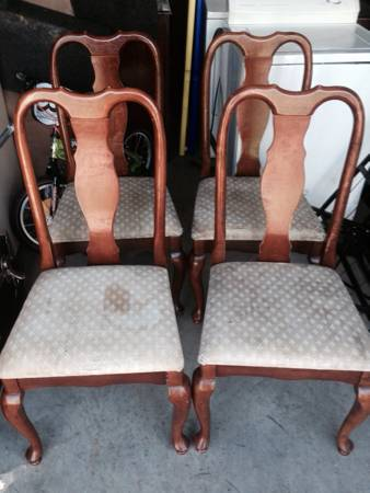 Set of Four Chairs     $30   This would be a great project set - they need new seat fabric and could also be painted.    View on Craigslist