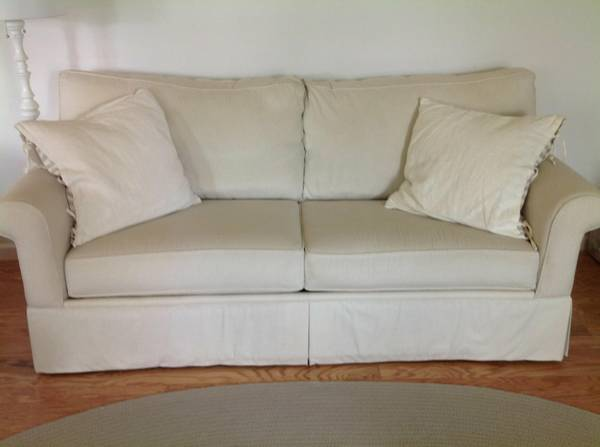 Haverty's Sofa $499 View on Craigslist