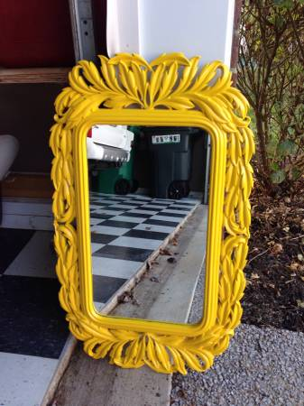 Vintage Mirror     $25     View on Craigslist