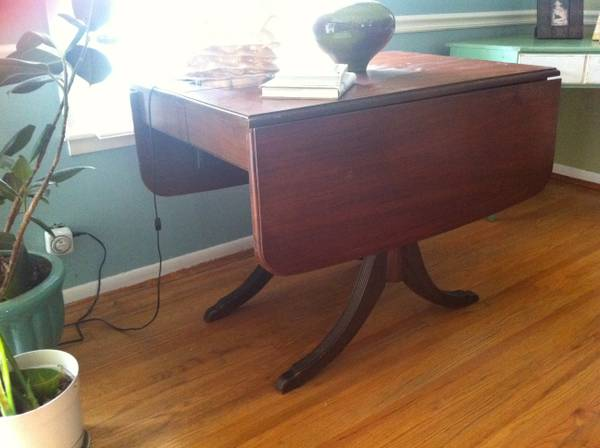 Antique Drop Leaf Table     $95   This is a really versatile table - would be perfect to use as a dining table in a small space.     View on Craigslist