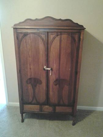 Vintage Bedroom Set     $250   This set includes an armoire, vanity and full size bed.    View on Craigslist