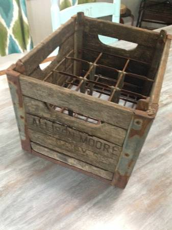 Vintage Milk Crate     $75     View on Craigslist