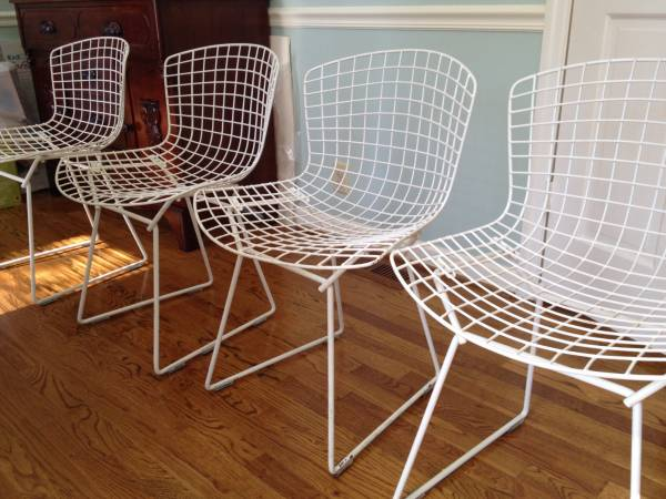Set of Mid Century Wire Chairs     $350     View on Craigslist