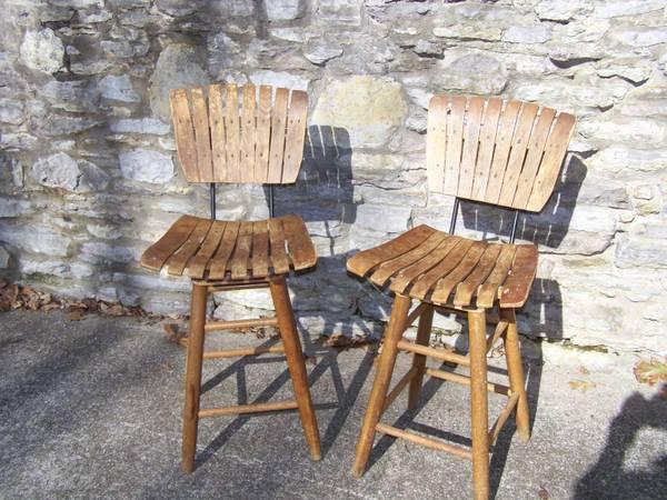 Pair of Vintage Barstools     $20     View on Craigslist