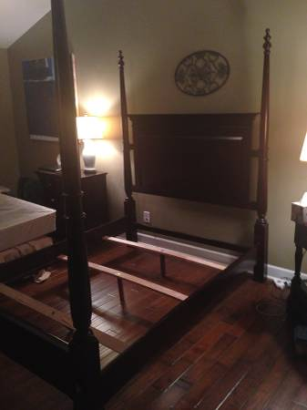 Queen Size Four Poster Bed     $100     View on Craigslist
