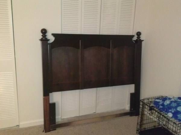 Queen Headboard     $75     View on Craigslist