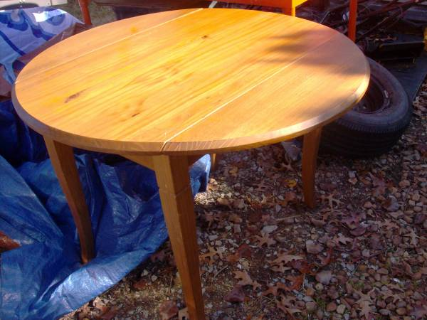Drop Leaf Table $30 View on Craigslist