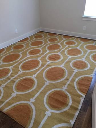 West Elm 9' x 14' Rug     $400     View on Craigslist