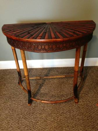 Bamboo Accent Table     $40     View on Craigslist