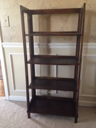 Bookshelf     $40     View on Craigslist