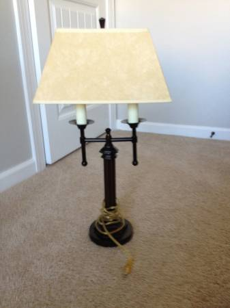 Restoration Hardware Table Lamp     $10     View on Craigslist