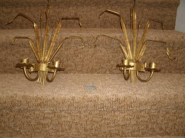 Pair of Brass Sconces     $35   I love this pair of brass sconces, they remind me a lot of this pair on One Kings Lane that retailsfor $479 (see link below).    See on Pinterest      View on Craigslist