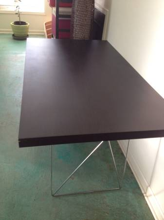 Modern Dining Table     $200     View on Craigslist