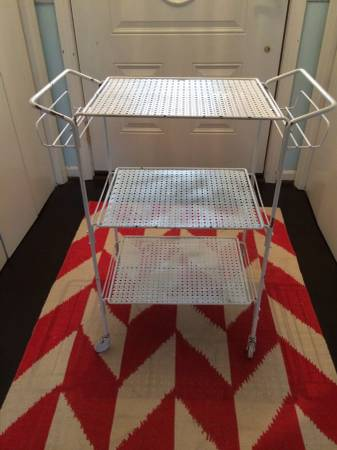Vintage Metal Cart     $30     View on Craigslist