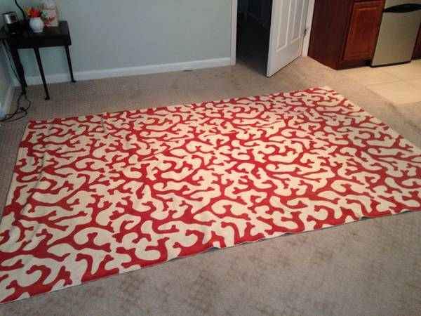 6' x 9' Williams Sonoma Home Rug     $50     View on Craigslist