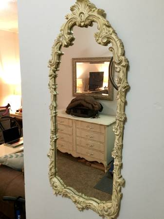 Vintage Mirror     $60     View on Craigslist