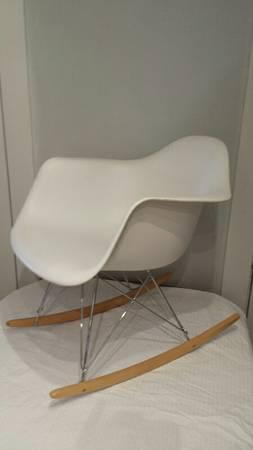 Eames Style White Rocker     $200     View on Craigslist