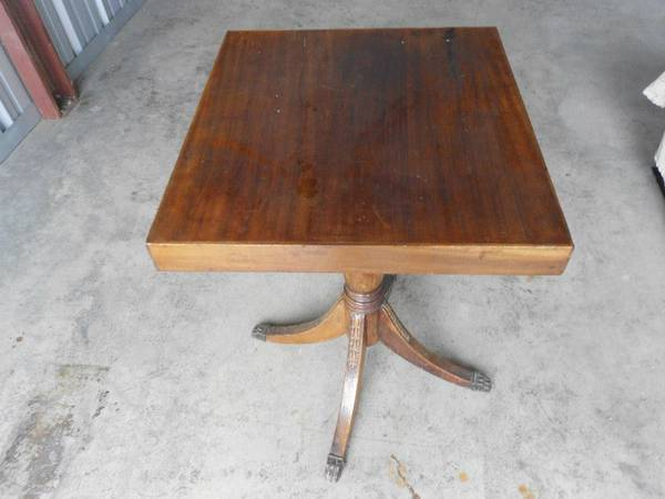 Antique Claw Foot Table     $75     View on Craigslist