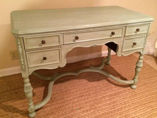 Antique Writing Desk     $295     View on Craigslist