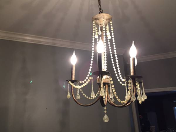 Chandelier     $135     View on Craigslist