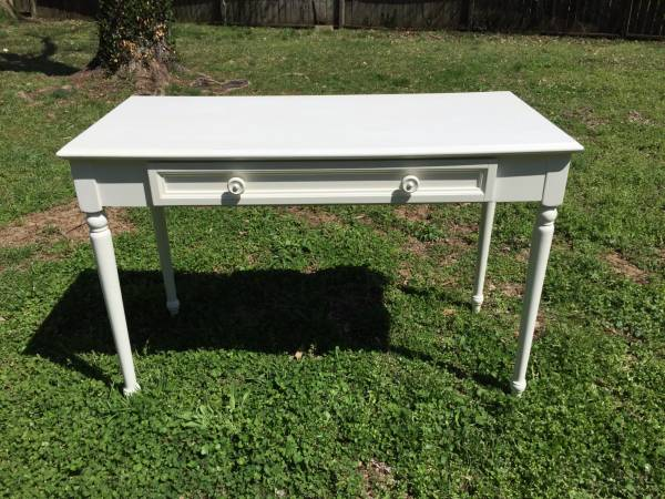 White Wood Desk $60 View on Craigslist