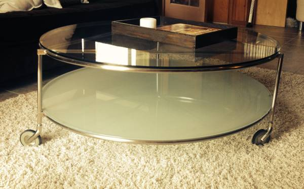 Round Glass Coffee Table     $95     View on Craigslist